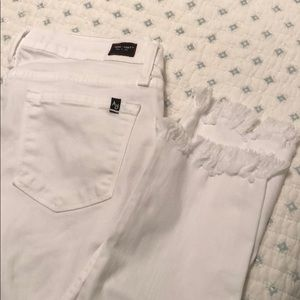 Angry Rabbit 🐇 white jeans